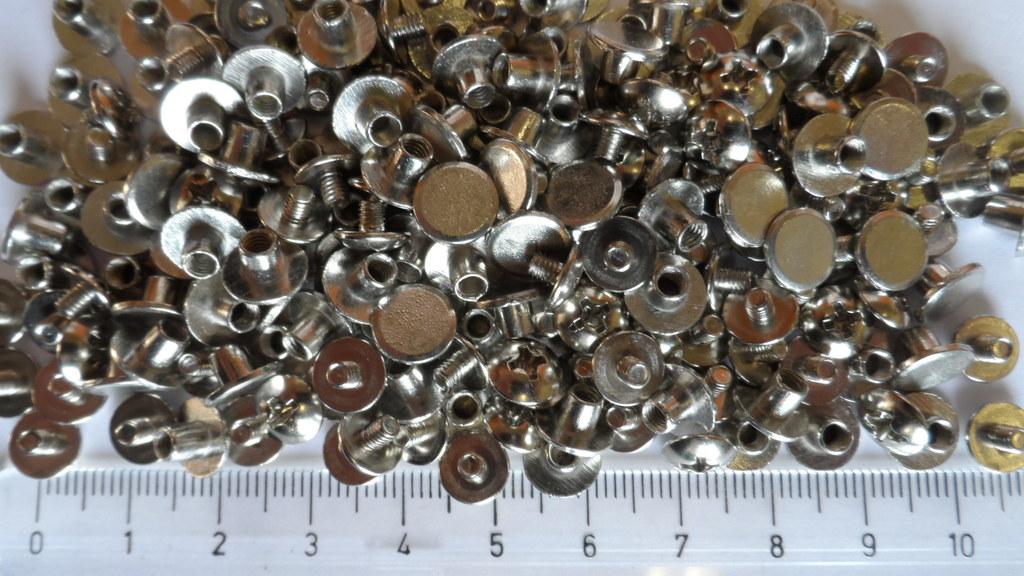 STEZA - Sedlářský knoflík, sedlářský šroubek na opasky i náramky 10 párů (Rozměr 4 x 4 x 7,7 mm - cena za 10 párů)