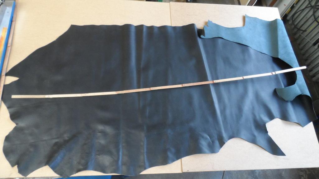 STEZA - Pravá hovězí kůže č.37 - 173dm2 (Hovězí kůže 2 mm silná)