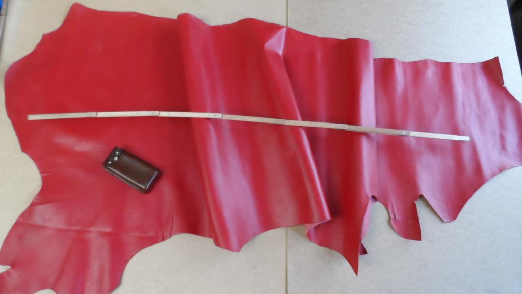 STEZA - Pravá hovězí kůže č.42 - 165dm2 (Hovězí kůže 1,6 - 1,8 mm silná)
